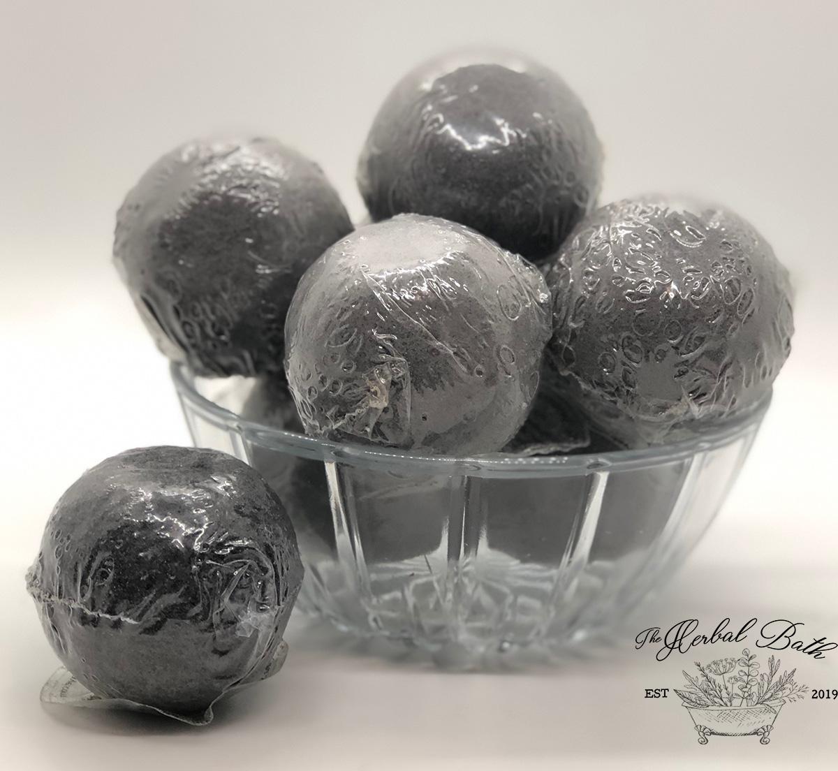 Charcoal Delight Bath Bomb